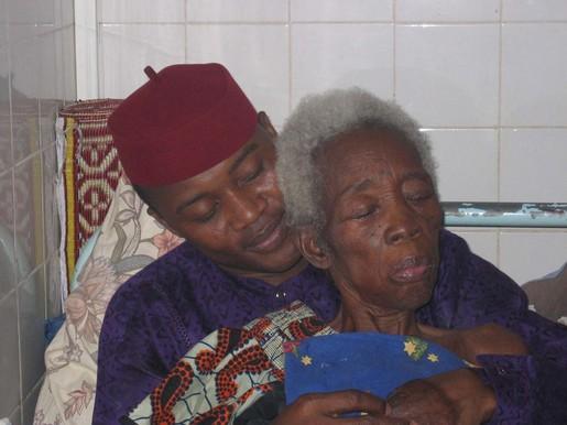 ゾマホンさんとお母さん